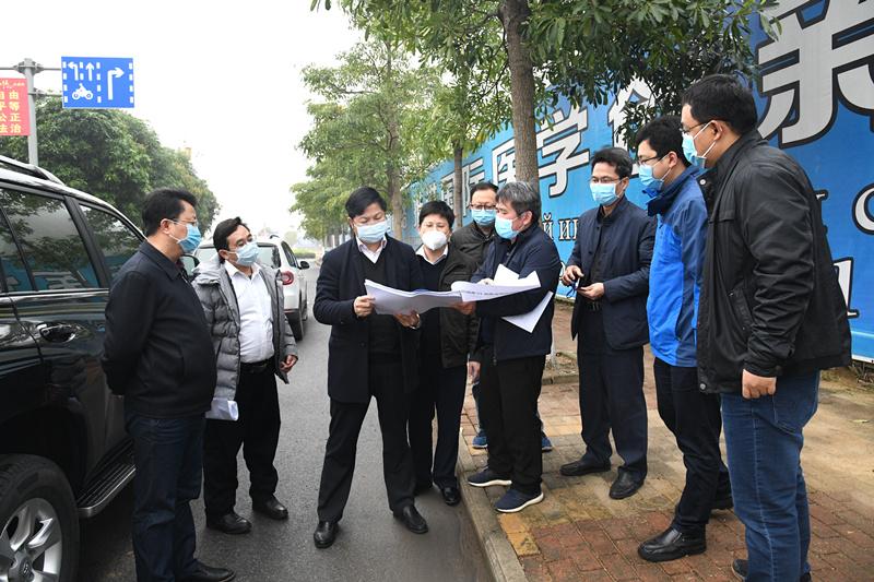 容贤标到防城港片区调研项目建设和疫情防控工作