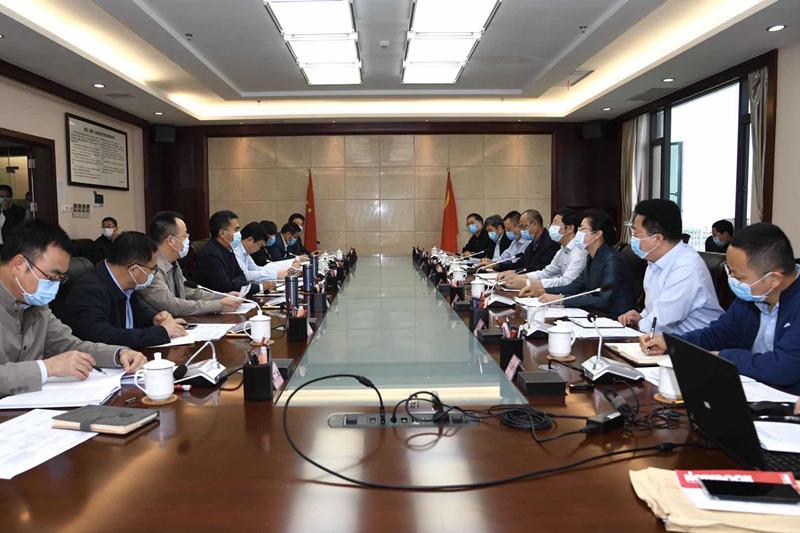 容贤标带队到北海市委、市政府交流座谈